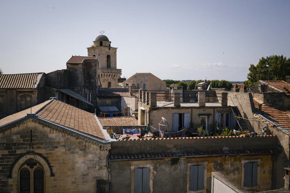 what to see in arles france
